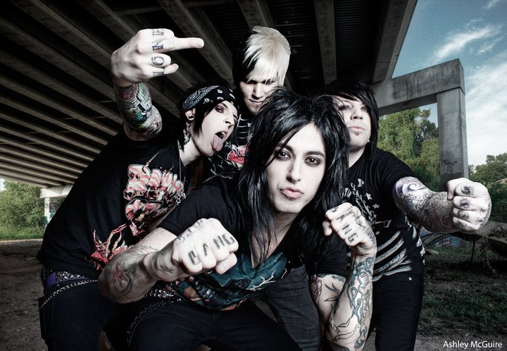 """An Evening with Falling In Reverse Unplugged & Uncensored"" Announced"
