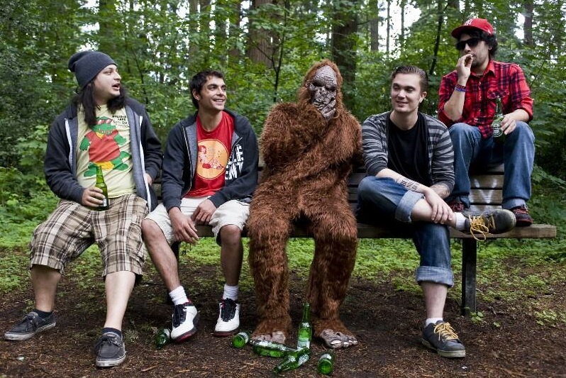 "The Sindicate – 1st ROAD BLOG from the ""Saving Sasquatch Tour 2013"""