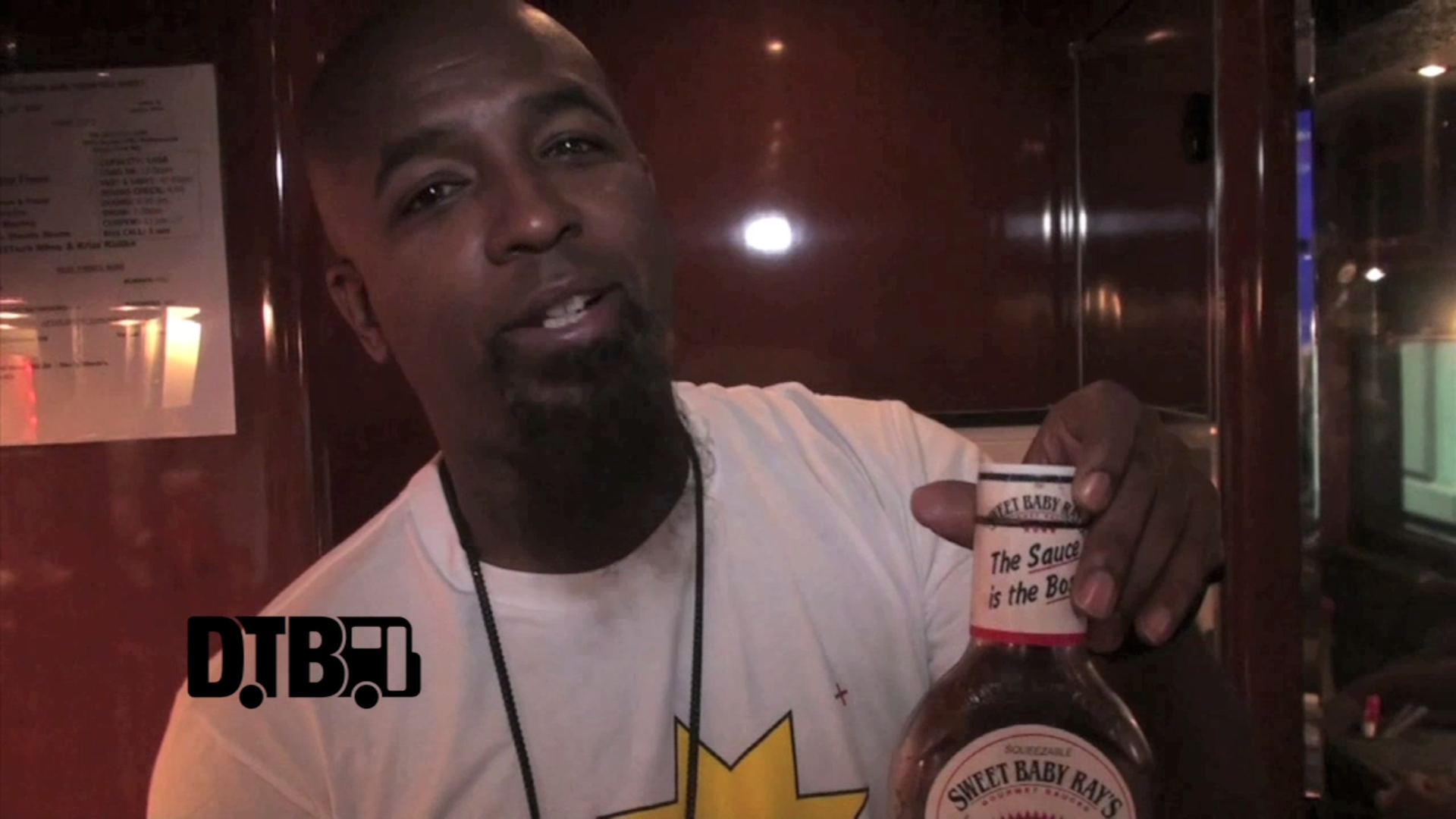 Tech N9ne (feat. Krizz Kaliko) – BUS INVADERS Ep. 520 [VIDEO]