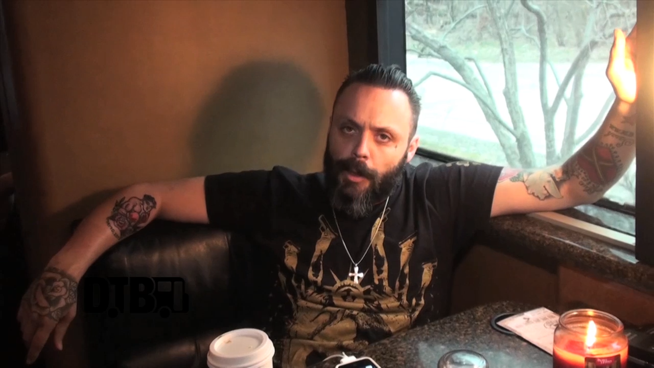Blue October – CRAZY TOUR STORIES [VIDEO]