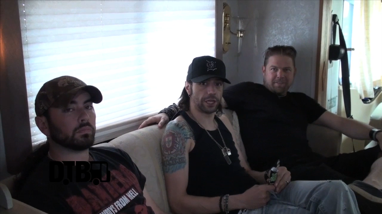 Tantric – TOUR TIPS [VIDEO]