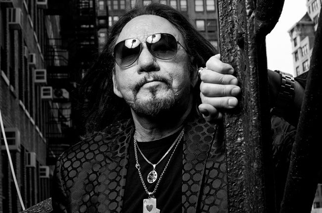 "Ace Frehley Announces ""Space Invader Tour"""