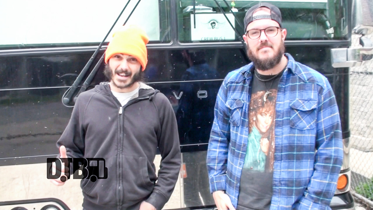 Crobot – BUS INVADERS 829 [VIDEO]