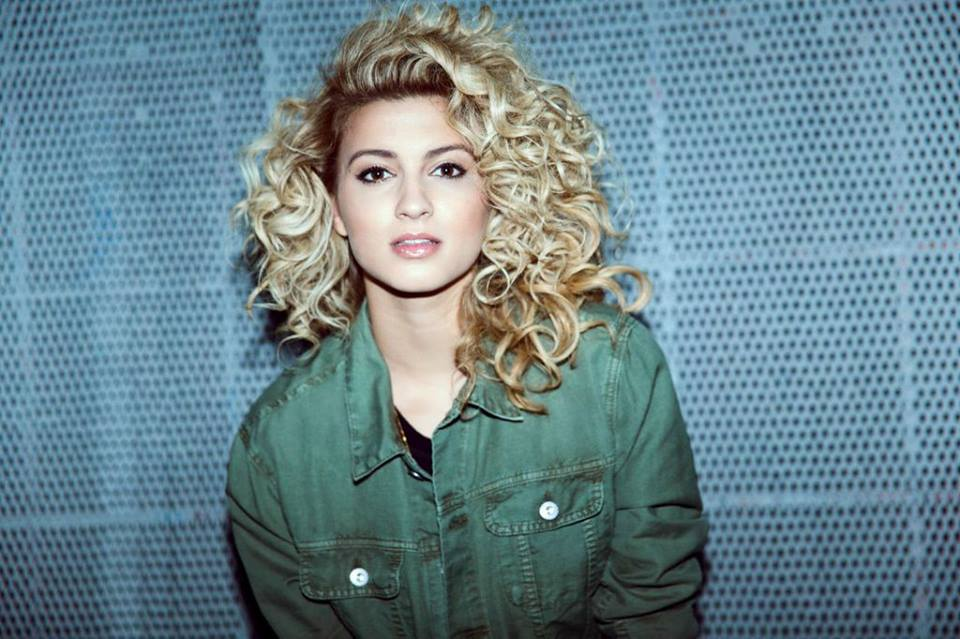 "Tori Kelly Announces North American ""Unbreakable Tour"""