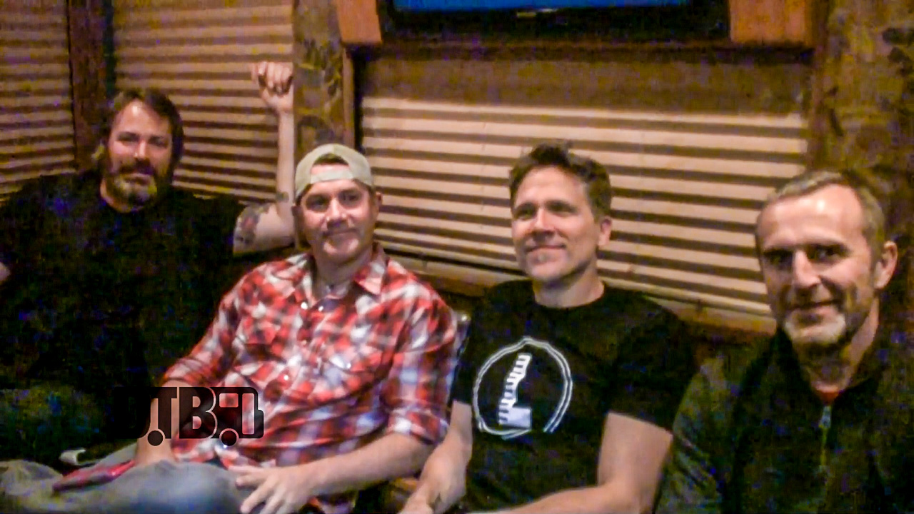 Blues Traveler – BUS INVADERS Ep. 922 [VIDEO]