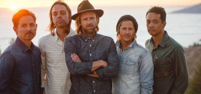"Switchfoot Announces ""Looking for Summer Tour"" with Lifehouse"