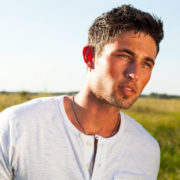 "Michael Ray Extends His ""Think A Little Less Tour"""