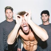 Smallpools – CRAZY TOUR STORIES