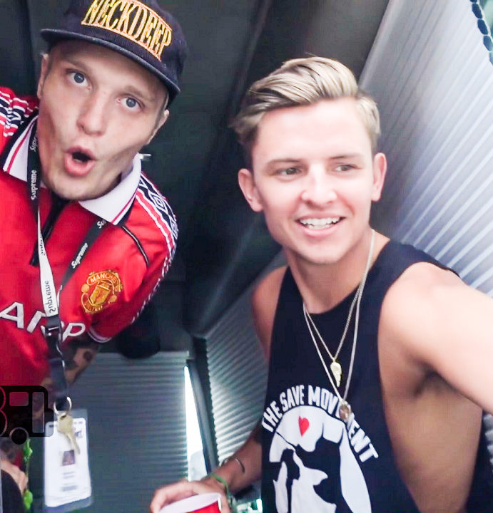 Neck Deep – BUS INVADERS Ep. 1193 [VIDEO]