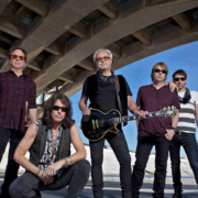 "Foreigner Announces ""Juke Box Heroes Tour"" with Whitesnake"