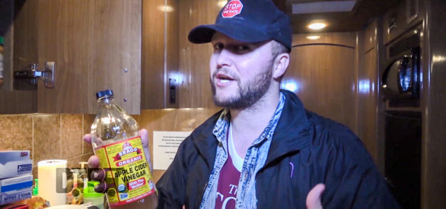 Quinn XCII – BUS INVADERS Ep. 1283 [VIDEO]